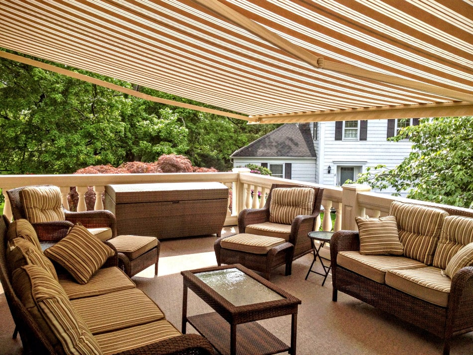 aristocrat awnings dealers