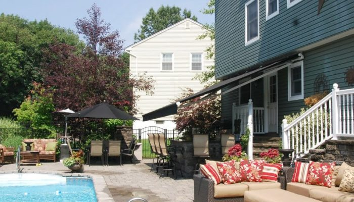 Retractable Awnings NJ from Breslow Home Design Center