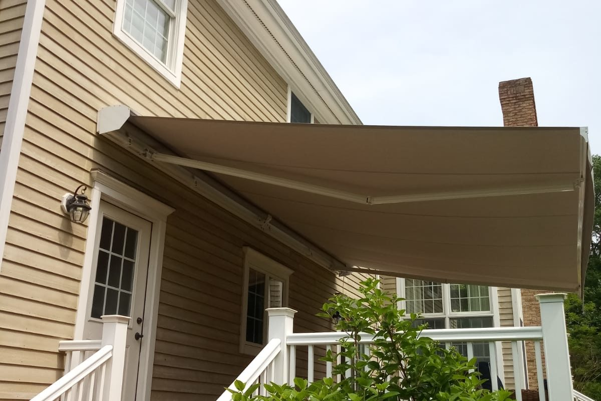 Alutex Madera Retractable Awning in Madison NJ - June 2019