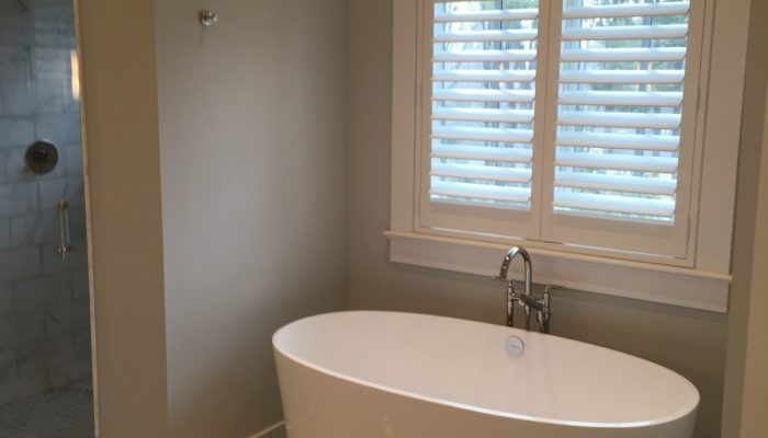 Hunter-Douglas-Palm-Beach-Shutters-Tub-by-Breslow-Home-Design-Center