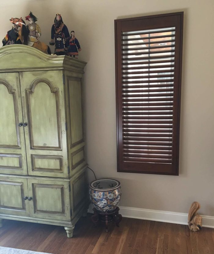 Hunter Douglas - Heritance Real Hardwood Shutters - single - Breslow Home Design Center