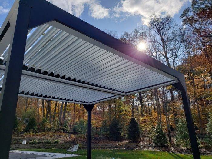 Apollo Louvered Roof System - Saddle River, NJ - Breslow Home Design Center