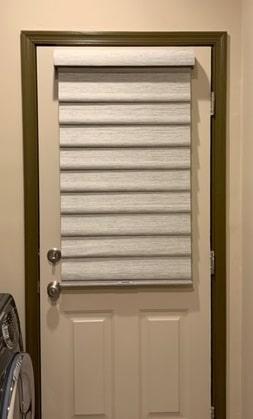 Vignette on Door - Towaco, NJ - Breslow Home Design Center