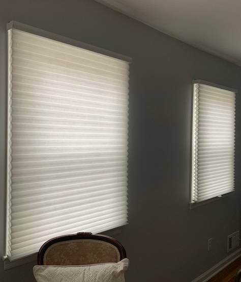Hunter Duettes in Guest Bedroom - Closed - Breslow Home Design Center