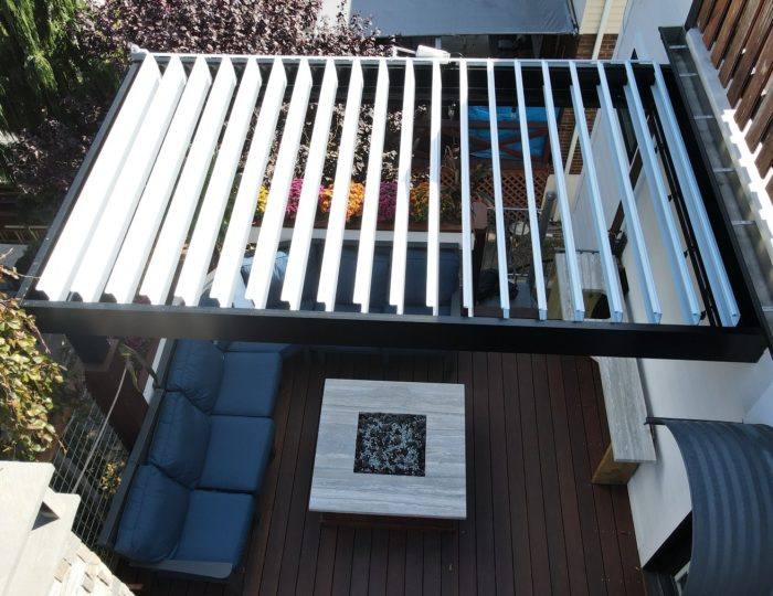 Apollo Louvered Roof System - Top View - Breslow Home Design Center